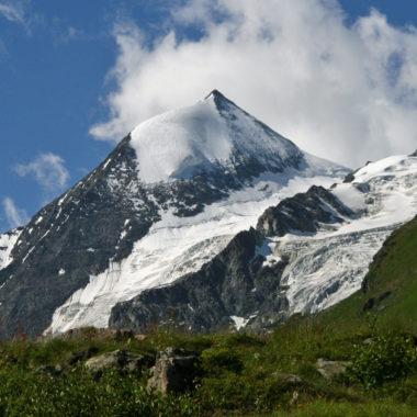 Combin de Corbassière, Glacier des Follats © G.Chevalier